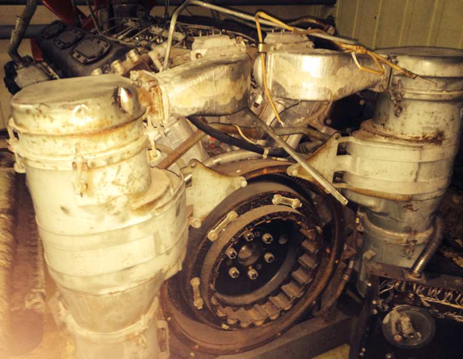Дизельный двигатель 1Д12