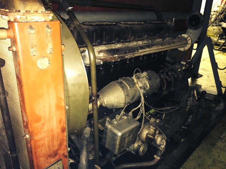 Дизельный двигатель 1Д6