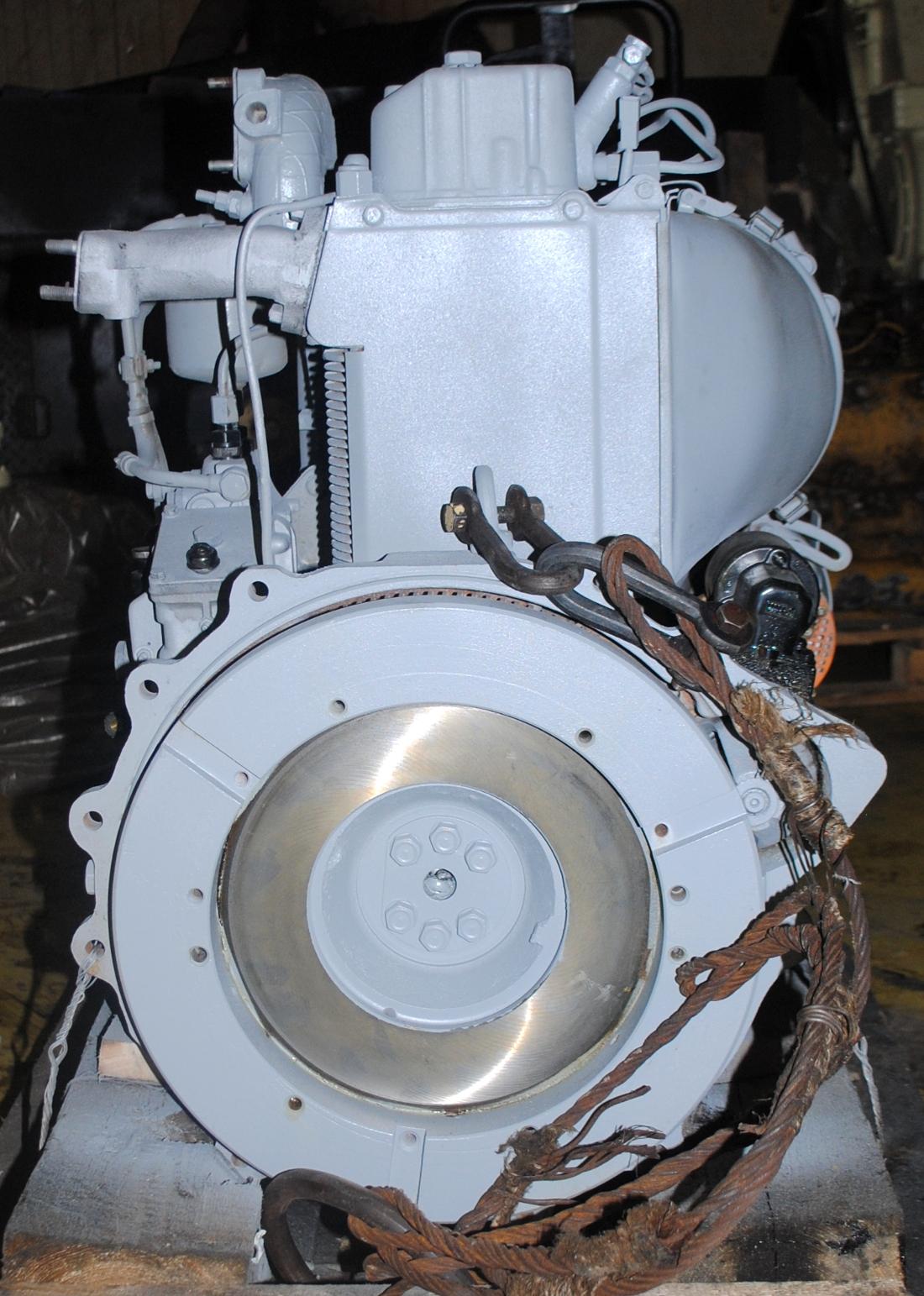Дизельный двигатель Д120